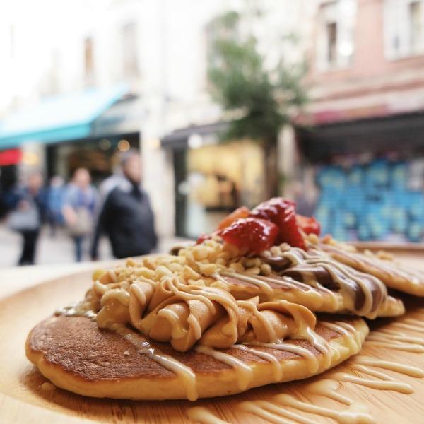 ŞEHRİN EN YENİ MEKÂNLARI happy pancake galata