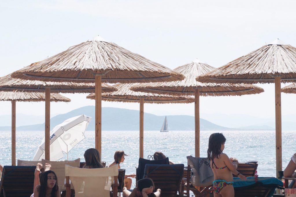 Atina'da denize nerede girilir 56