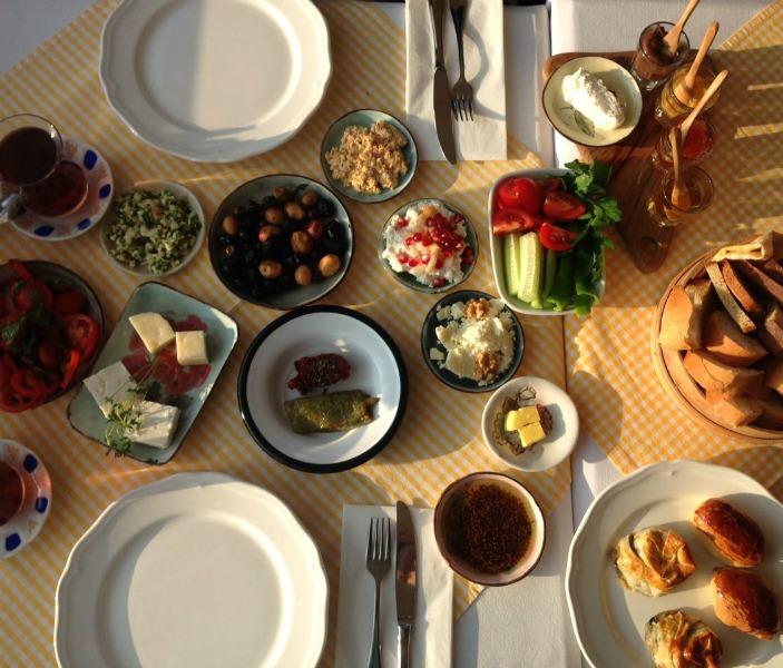Sultanahmet'te Doyurucu Kahvaltı; Saade Kahvaltı 2